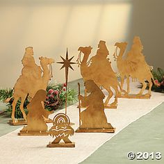 Nativity Wise Men & Nativity Tabletop Set