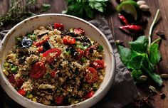 Let's be honest, most of us struggle to balance tasty and healthy when it comes to our daily meals. Skillet Chicken, Daily Meals, Couscous, Kung Pao Chicken, Vegetable Garden, Container Gardening, Quinoa, Food Photography, Health Fitness