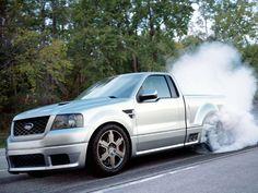 Photos of Ford SVT Lightning Concept 2003 Ford Lightning, Black Truck, White Truck, Ford Svt, Car Ford, Navara D40, Muscle Truck, Sport Truck, Chevrolet Ss