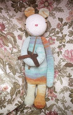 BINA the bear mod made by Aleksandra Fedorova / crochet pattern by lalylala