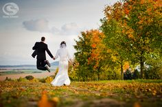 """Hochzeitsshooting am Feldrand"" Carla Schmidt • Fotografie"