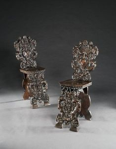 Century Venetian Italian Renaissance Carved Walnut Sgabello Backstools Grotesque Mask to 1600 Italy) from Lucy Johnson - The UK's Premier Antiques Portal Italian Renaissance, 16th Century, Venetian, Hall Chairs, Othello, Carving, Romantic, Benches, Stools