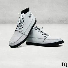 daa2f2a5183 De collecties van HUB bestaan uit eigentijdse en hippe schoenen met een  minimalistische uitstraling voor mannen