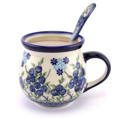 Are you feeling like have a nice cup of white coffee? Well, me too, and this one tasted particularly well! :D #PolishPottery from http://slavicapottery.com
