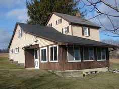 Farmhouse on 47 acre farm in Eastern PA
