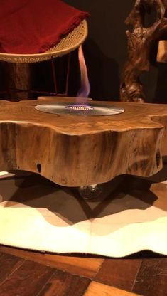 Epoxy Wood Table, Resin Table, Woodworking Furniture Plans, Cool Woodworking Projects, Diy Wooden Projects, Wooden Crafts, Resin Furniture, Home Decor Furniture, Copper Kitchen Decor