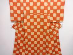 red & cream checkered pattern kimono
