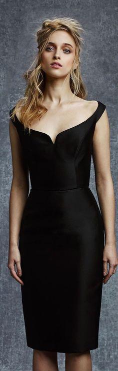 Reem Acra Pre-Fall 2015 chic black dress save by Antonella B. Elegant Dresses, Sexy Dresses, Beautiful Dresses, Short Dresses, Fashion Dresses, 2015 Dresses, Look Fashion, Fashion Show, Womens Fashion