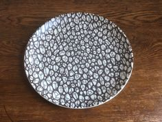 Poole Pottery Black Pebble dinner plate in good used condition. Diameter: 25.5cm.  No chips or cracks, there is maybe some slight wear to the pattern and there are some small brown marks to the underside.  Contact me for accurate postage costs to anywhere other than the UK.  I will always combine postage costs if possible. All of my items are sent Signed For and/or Tracked. Black Pebbles, Dinner Plates, Decorative Plates, Chips, Pottery, Unique Jewelry, Brown, Etsy