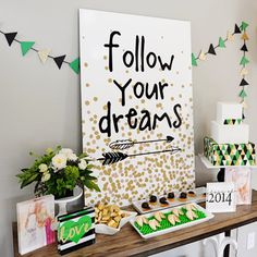 It& super chic to decorate your graduation party with this gorgeous acrylic block garland for perfect garnishment. The & Your Dream& picture board coordinate with this graduation party theme perfectly. Graduation Open Houses, 8th Grade Graduation, Graduation Party Themes, College Graduation Parties, Graduation Celebration, Graduation Decorations, Graduation Party Decor, Grad Parties, Graduation Ideas