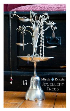 jewelry tree, from forks and spoons, how cute?