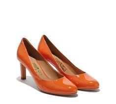 Plain Pump - Pumps - Shoes - Women - Salvatore Ferragamo