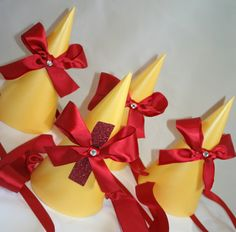 snow white party hats..making them myself!
