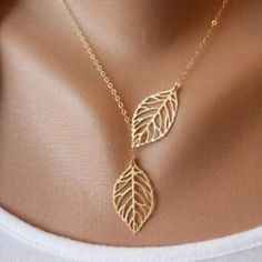 gold leaf charm necklace Brand new with tags ✨Material:Alloy✨ Chain Length: 40cm approximately ✨ Quantity:1pcs✨ Color:silver,gold✨ let me know which color you are intrested in✨expect fast shipping 💕 Any questions please ask 🤗please check out my other listings✨ 10% off on bundles 🤑buy more 🛍 save more 💸 Jewelry Necklaces