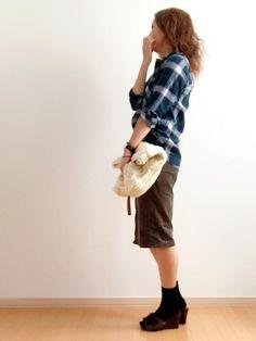 今日もがっちりGU、UNIQLOコーデ(ᐥᐜᐥ)♡ᐝ 今日のコーデュロイスカート、 とりあえず入って