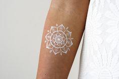 Weiteres - Weiß Mandala Hand Tattoo - ein Designerstück von Tattoorary bei DaWanda