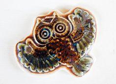 Handmade porcelain pendant owl por Majoyoal en Etsy