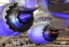 Vista posterior de los nuevos motores del Boeing 747:
