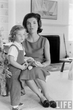 LIFE  - Jackie & Caroline Kennedy