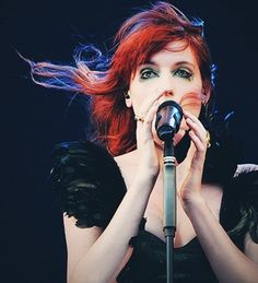 Obsessed with her voice right now. (Florence Welch)
