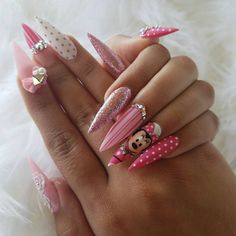 Best Bow Stiletto Nails To Try 2019 Bow Stiletto Nails; Trend Stiletto Nails in Stiletto Coffin Nails; Trend Stiletto Nails in Stiletto Coffin Nails; Trendy Nails, Cute Nails, Nail Art Dessin, Hair And Nails, My Nails, Disney Acrylic Nails, Nagel Bling, Pointy Nails, Coffin Nails