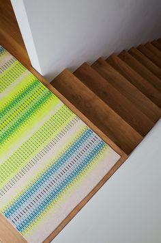 Handwoven Krokbragd Rug by @angieparkertextiles Handmade in Bristol UK. Fryktlos-Cream. Contemporary bespoke floor art for lovers of colour.