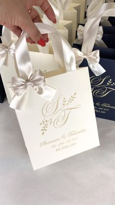 Elegant Wedding Favors, Wedding Gift Boxes, Wedding Bag, Wedding Favors For Guests, Gifts For Wedding Party, Party Gift Bags, Wedding Cards, Wedding Invitations, Champagne Wedding Favors