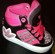 I want to get these for Haylee.. so cute ..baby adidas's!!