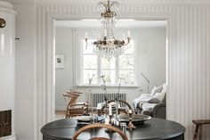 Hus med stall i Nacka Modern Scandinavian Interior, Villa, House, Home Decor, Vintage, Scandinavian Modern Interior, Decoration Home, Home, Room Decor