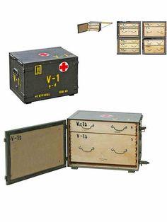 Caisse Militaire medicale en Bois de l'armée Tcheque - 2 tiroirs Origine : Dést