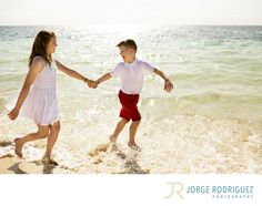 Jorge Rodriguez Photography - Destination Wedding Photography & Portrait based in Playa del Carmen, covering Tulum, Cozumel, Isla Mujeres, Cancun & Riviera Maya Mexico  - Puerto Morelos Photographer: We came to the Hotel Royalton Riviera Cancun as a family of four. My husband is home for one week from overseas and we wanted to have family photos made while on vacation. Traditionally we have pictures made every year and this year would be no exception. We found Jorge and the service to make…