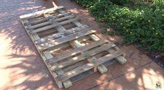 Creative Ideas – DIY Pallet Swing Bed