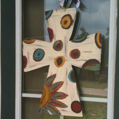 Just finished cutting/painting this wooden cross for my front door! Cross Door Hangers, Burlap Door Hangers, Cross Wall Decor, Crosses Decor, Wooden Crafts, Wooden Diy, Diy Crafts, Wooden Wall Art, Painted Wooden Crosses