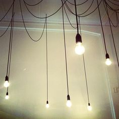 Hanging light bulbs on wires. #decor #style #home #ceiling