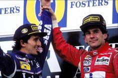 """Adelaide 1993. Ultima gara in F1 per Alain Prost e ultima vittoria in carriera per Ayrton Senna. I due eufemisticamente non si amavano; lotte fratricide in McLaren, incidenti provocati da ambo le parti, mondiali sottratti. Piloti si, ma in fondo uomini. Sul podio Ayrton tirò a sé Alain ponendo definitivamente fine alla guerra tra i due. """"La vita è troppo breve per avere dei nemici"""" (Ayrton Senna)"""