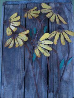 Rustic Cottage Chic Metal Garden Art Flowers (SET OF 7)