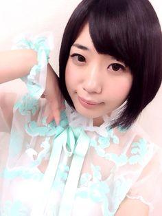 夢眠ねむ Yumemi Nemu - Dempagumi.inc / でんぱ組.inc - sheer top with light green floral accents
