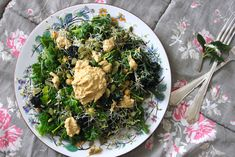 Superfood Salad � Purple Sprouting Broccoli, Chickpeas, Kale, Sprouts, and Seeds  I am not a Kale fan, but this looks good!
