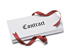 Contract size – the amount of underlying futures that are traded in the exchange market. The contract size of equity option contracts is of 100 shares. But, the contract size of currencies and interest rate futures may vary.
