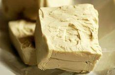 Az élesztőben található B-vitamin regenerálja a bőrt. Diy Natural Beauty Recipes, Kitchen Witch, Home Remedies, Health And Beauty, Good To Know, Vitamins, Beauty Hacks, Spices, Ice Cream