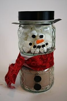 A good idea would be to reuse baby food jars too! Hot Cocoa Snowman Gift - 20 Fun and Easy DIY Christmas Gifts for the People you Love Easy Diy Christmas Gifts, Holiday Crafts, Holiday Fun, Homemade Christmas, Christmas Presents, July Crafts, Christmas Ideas, Patriotic Crafts, Christmas Inspiration