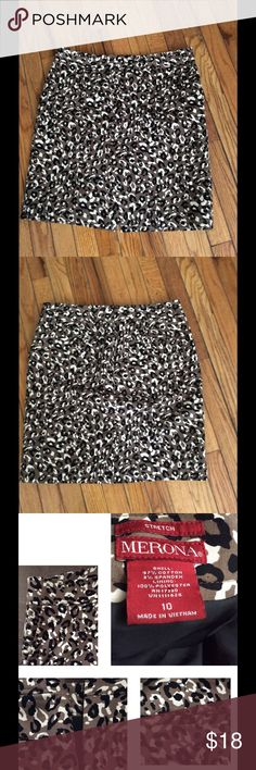"""Animal Print Skirt This Merona skirt is made of a Cotton stretch fabric and is fully lined. It has side and back pockets, a kick pleat and a hidden zipper. Measurements: Waist: 34"""", Hips: 41"""", Length: 21"""" Merona Skirts Pencil"""