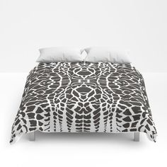 Black and white backgrounds giraffe - abstraction Comforters by vladimirceresnak Black And White Background, Sweet Sweet, King Queen, Twin Xl, Giraffe, Comforters, Bedding, Sleep, Warm