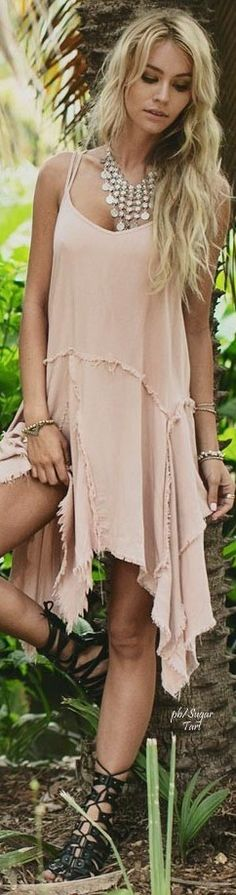 Hippie chic. For more follow www.pinterest.com/ninayay and stay positively #pinspired #pinspire @ninayay
