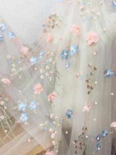Spring Aesthetic, Flower Aesthetic, White Aesthetic, Glamouröse Outfits, Stylish Outfits, Spring Outfits, Princess Aesthetic, Wedding Fabric, Floral Embroidery