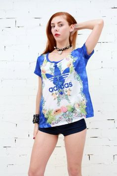 ADIDAS ORIGINALS X FARM Fruity Psychedelic Kaleidoscopic T-Shirt Top XS AS NEW
