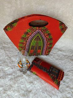 Dashiki Fabric, African Dashiki, Perfect Gift For Her, African Jewelry, Christmas Gifts For Her, Womens Purses, Fabric Material, Purses And Handbags, Ship