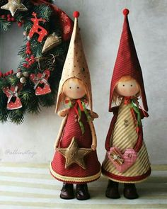 Lovely gals!! Christmas Arts And Crafts, Handmade Christmas Decorations, Christmas Sewing, Christmas Toys, Homemade Christmas, Xmas Decorations, Holiday Crafts, Christmas Ornaments, Yule Crafts