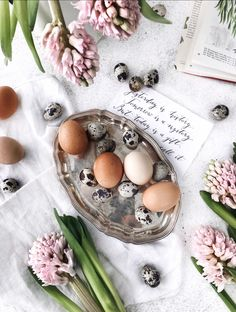 Flatlay Easter spring eggs decoration hyacinth vintage