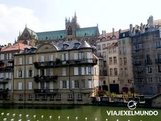 Metz, Francia 🇫🇷, cuando te encuentras en un viaje largo, es importante ir parando en los diferentes lugares que tienes en tu camino, Metz, fue una ciudad que usamos como puerto, donde nos encontrarnos con una muy bonita ciudad antigua, y tuvimos un intercambio cultural con una familia Francesa que nos dejo uno de los mejores recuerdos de todo nuestro viaje! . . . #france #photography #travel #portrait #canon #wanderlust #visionasp #repost #metzflash #metz #francia #viajar #viajeros… Mansions, House Styles, City, Beautiful, Home Decor, Travel Quotes, France, Drive Way, Souvenirs